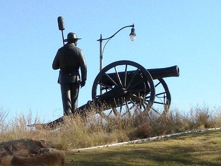 09 cannon statue