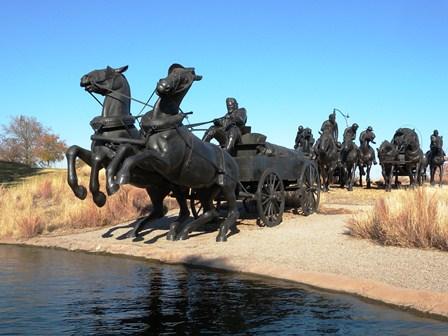 09 horses wagon statue 2