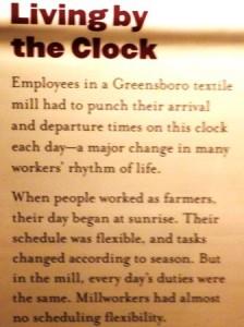 07 clock sign
