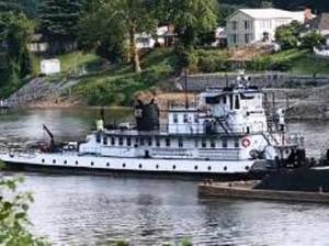 25 river boat