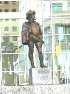 27 raleigh statue 2