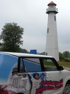 01 lighthouse and car