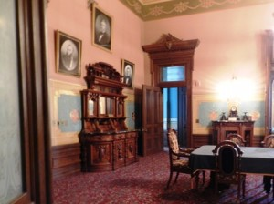 07 governors office