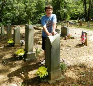 21 Sam Cemetery Dutton Hill