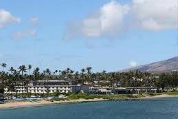 13.Seaside Hotel