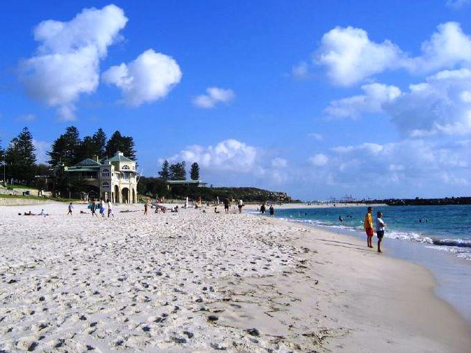 31.cottesloe beach