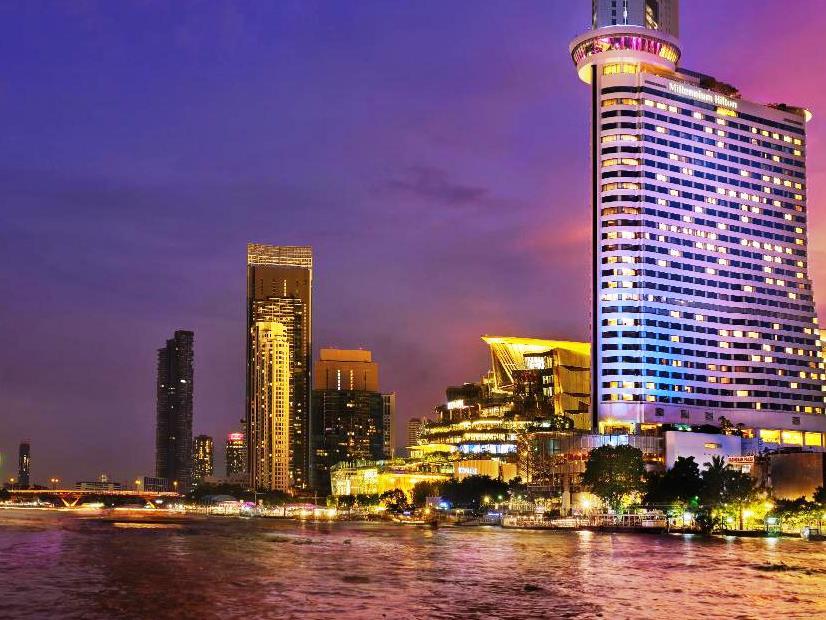 01.bangkok hilton hotel river