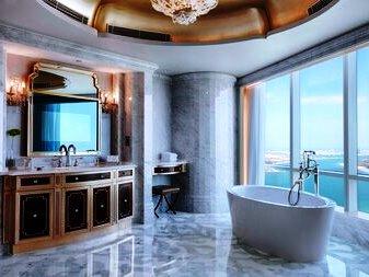 06.ad marriott bathroom
